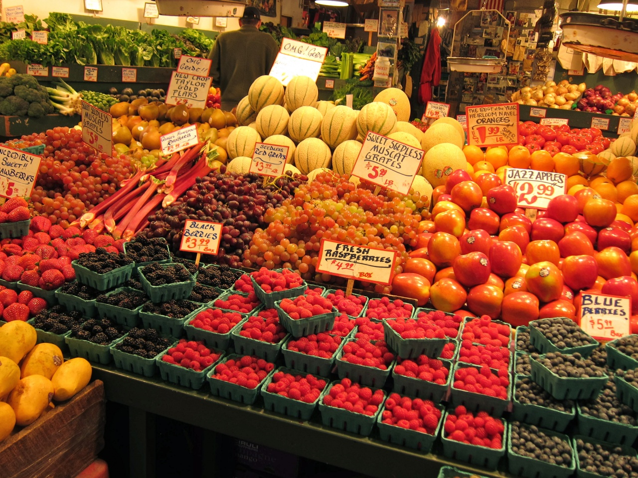 market place pike fruit seattle farmers longest pikes farmer history fresh running stands 1907 were veggie continually storied run states