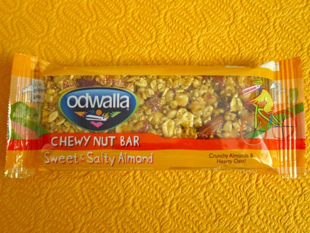 Odwalla sweet & salty almond bar