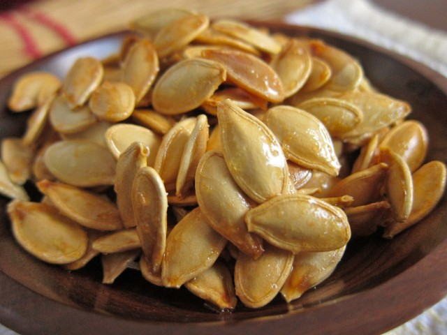 kettle corn pumpkin seeds close up 2