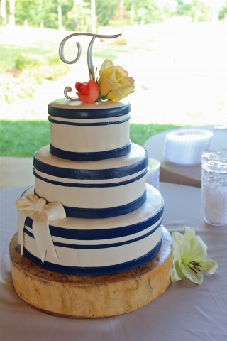 The finished wedding cake for Caitlin