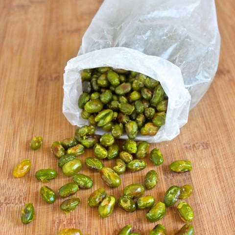 Crispy &quot;Popcorn&quot; Edamame